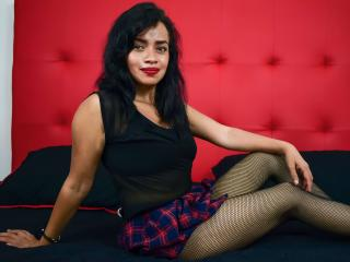 Webcam model AnnaCostelo from XLoveCam