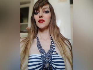 Webcam model BarbierQueen from XLoveCam