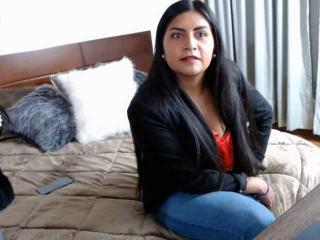 Webcam model HeidiVibe from XLoveCam