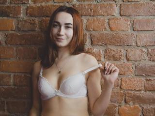 Webcam model JessicaMoan from XLoveCam