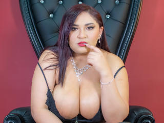 Webcam model KarlaFire from XLoveCam