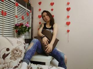 Webcam model KlarissaSmith from XLoveCam
