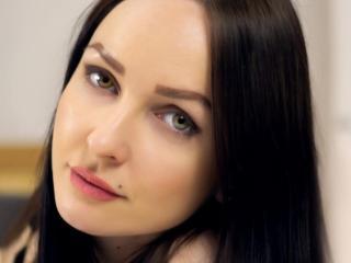 Webcam model MisssMilena from XLoveCam