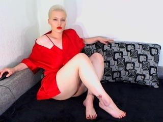 Webcam model NickioSilver from XLoveCam