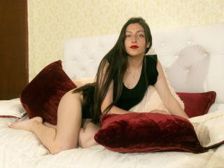 Webcam model SahianCote from XLoveCam