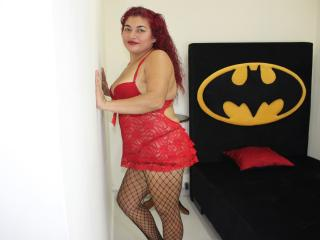 Webcam model SamanthaNaughtyX from XLoveCam