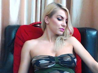 Webcam model SexTerapy from XLoveCam