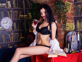 Webcam model UnaTrey from XLoveCam