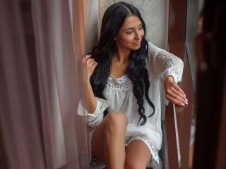 Webcam model ShanyaHotty from XLoveCam