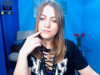 Webcam model SilviaLips from XLoveCam