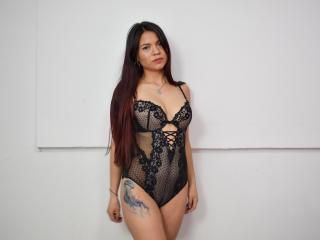 Webcam model KarenFotsis from XLoveCam
